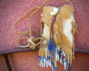 deerskin medicine bag >> LITTLE BIRD << Medicine Man pouch, neckpouch, Native American style, shaman pouch, tribal pouch, primitive art
