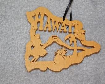 Wood State Ornament - Hawaii