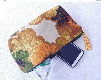 CLEARANCE - Linen pouch, ivory multi pouch, zipper pouch, lined pouch, standing pouch, fashion accessory, womens accessory