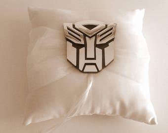 Ring pillow Transformer Autobot off white