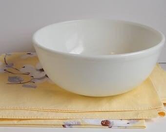 404 Opal White Pyrex Mixing Bowl