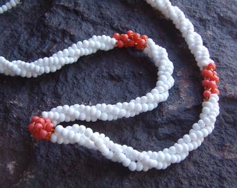 Seed Beaded Necklace, Vintage Beaded Necklace, Beaded Necklace, White and Coral Necklace