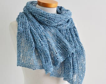 Lace knitted shawl, blue