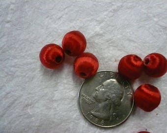 Vintage Red Silk Wrapped Beads (25)