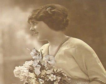 1910s postcard, Edwardian beauty, RPPC paper ephemera. Real photo postcard.