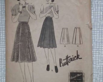 "1940s Skirt - 30"" Waist - Butterick 8677 - Vintage Sewing Pattern"