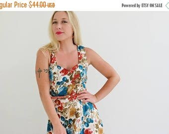 ON SALE 1980s La Belle Day Dress /// Size Extra Small to Small