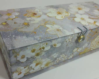 Unique Drop Spindle Kit with Bonus Keepsake