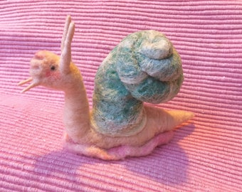 Needle Felting - Needle Felted SNAIL - Needle Felted Animal - Needle Felted - SNAIL Figure