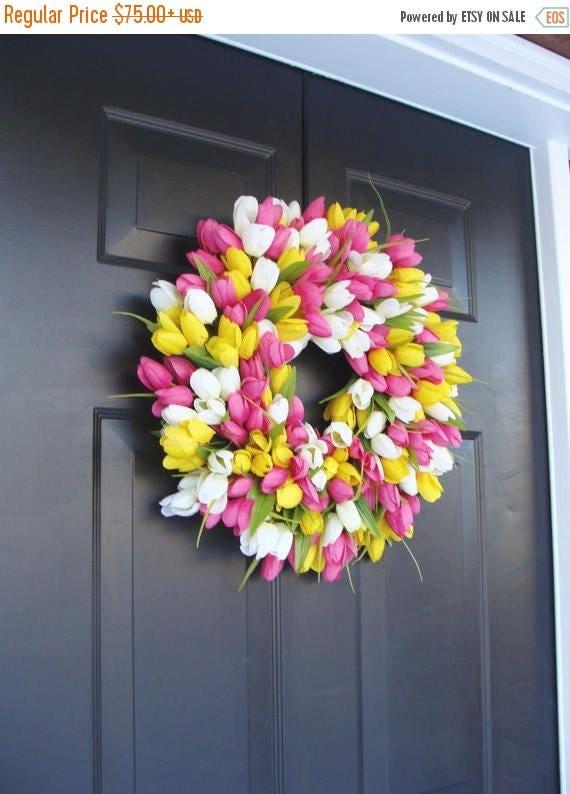 SUMMER WREATH SALE Silk Thin Spring Tulip Wreath, Storm Door Wreaths, Front Door Outdoor Wreath,  Front Door Spring Decor Sizes 14-24 inch