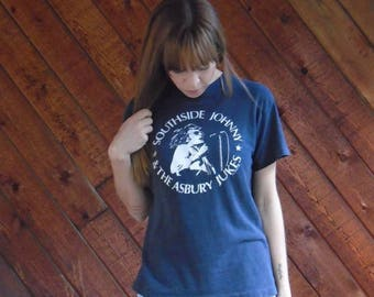 20% off SUMMER SALE. . . Southside Johnny & the Asbury Jukes 1980 New Years Eve Concert Band Tee Shirt - Vintage 80s - XS S