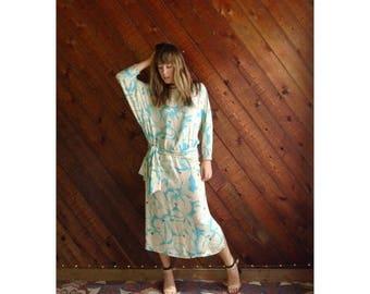 20% off SUMMER SALE. . . Floral Aqua Silk Dolman Maxi Dress - Vintage 70s 80s - S/M Tall