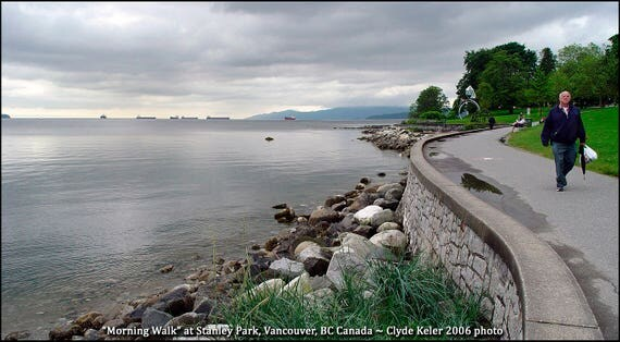 MORNING WALK, at Stanley Park, Canada, Clyde Keller photo, 2006