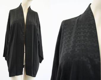 Woman's Vintage Black Houndstooth Pattern Open Front Kimono Style Retro Cardigan Jacket Blouse