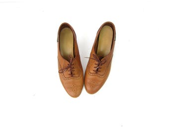Vintage 80s Brown Leather Oxfords Lace Up Tie Shoes stacked Wooden Heels Librarian Pumps Heels Women's Bass Shoes Size 7
