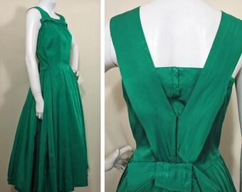 1950s Vintage Green Taffeta Party Dress SZ S