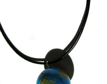 * Collar * Globe Trotter Earth journey