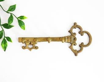 Vintage Brass Skeleton Key Wall Hooks / Brass Key Rack / Brass Key Hooks / Mid Century Brass Skeleton Key Hooks / Vintage Brass Key Holder