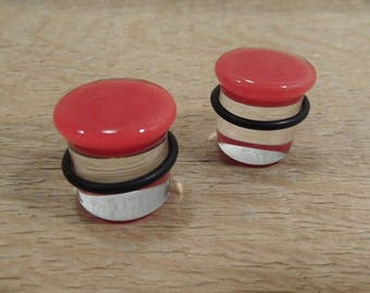 Glass plugs 5/8 inch red and clear glass plugs 5/8 gauge