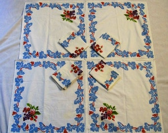 Vintage Tablecloth with Napkins, Vintage Kitchen, 1950s Tablecloth with Fruit, Red and Blue Tablecloth With Matching Napkins