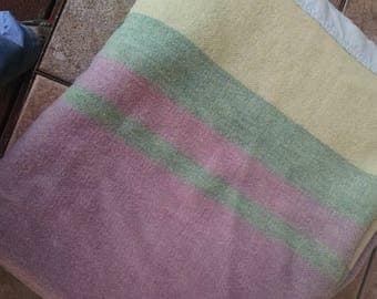 Wool Blanket /  Vintage Bedding / Retro  Wool Blanket / Vintage Linens / Pastel Wool Blanket / Lilac Color Blanket / Striped Wool Blanket