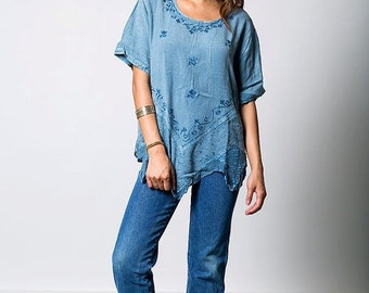40% OFF The Vintage Blue Boho Tunic Top