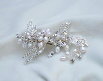 Bridal Swarovski Crystal & Pearl Hair Clip / Bridal Veil Hair Clip / One Of A Kind Hair Clip / Austrian Crystal And Pearl Hair Clip