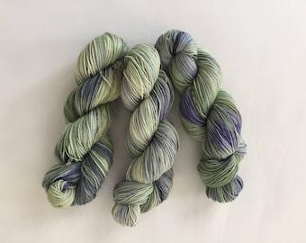Pistachio - Hand-dyed Merino Sock Wool 4 ply