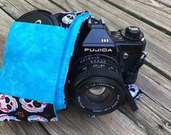 Ready to Ship Wide Camera Strap for DSL Sugar Skull Print With Turquoise Reverse and Lens Cap Pocket