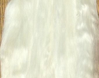Combed Suri Alpaca Doll Hair 11-12 inches long 0.8 of an ounce White