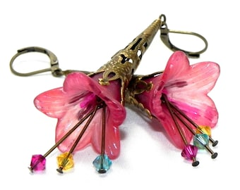 Lucite Trumpet Flower Earrings - Hand painted Victorian pink Lily - Brass Filigree Cone