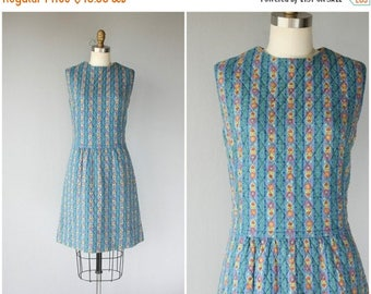 48 HR FLASH SALE 1960s Dress | 60s Dress | 1960s Folk Print Dress | 60s Day Dress | 1960s Shift Dress | 60s Quilted Shift Dress