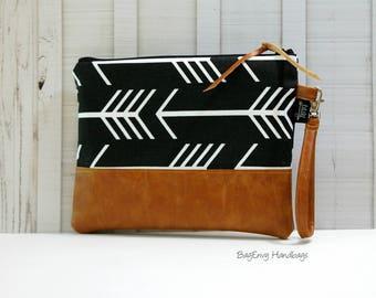 Grab N Go Wristlet Clutch - Black Arrows with Vegan Leather