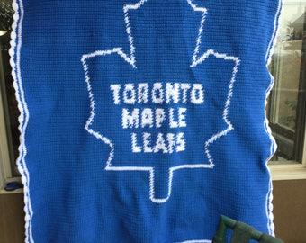 Maple Leaf Crocheted Throw - Hockey Team
