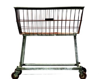 industrial laundry cart metal wire grid basket on wheels rolling laundromat cart industrial