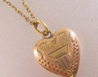 "SHIPS 6/26 w/FREE Jewelry Vintage Baby 10k Puffy Heart Pendant Necklace 11.5"" Jewelry Jewellery"