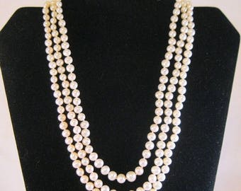 """SHIPS 6/26 w/FREE Jewelry 14k Fresh Water Pearl Three Strand Necklace 18.5"""" Graduated White Pearl Vintage Jewelry Jewellery"""
