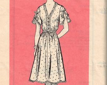 80s Plus Sized Feminine V Neck Dress Pattern Marian Martin 9349 Bust 42 Lacy Elastic Waist Summer Dress Vintage 1981 Sewing Pattern