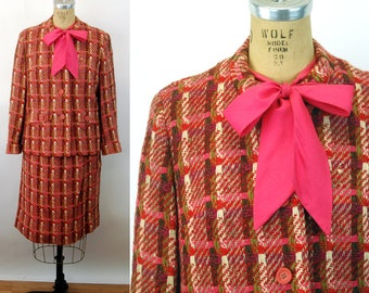 1960s suit skirt suit Virgin Wool plaid tweed pink three piece Davidow suit Size M