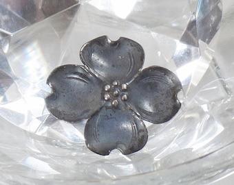SALE Vintage Sterling Silver Dogwood Brooch.  Stuart Nye.  Signed Stuart Nye Sterling Dogwood  Pin