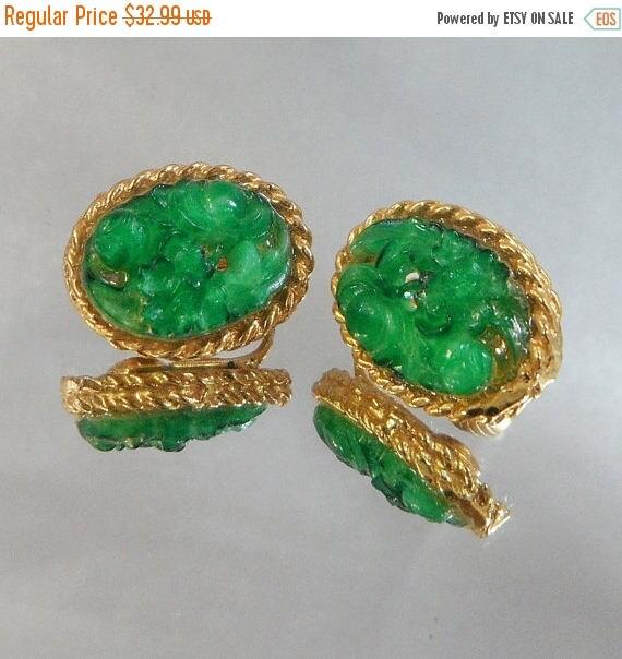 SALE Vintage Peking Glass Earrings Carved Faux Green Jade