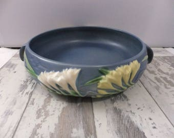 Roseville Pottery Blue Freesia Console Bowl Round Two Handles 1945 465-8 Collectible Flower Art Pottery USA