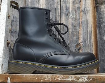Dr. Martens 1460, black lace up ankle boots, UK size 4