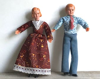 Concord Miniature Dollhouse Dolls Husband Wife Mother Father Rubber Heads Fabric Wrapped Limbs 1970s