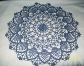 Round doily in Chambray