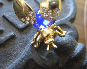 Vintage Insect Pin with Moving Wings Large Blue Stone & Rhinestones Flutter Wings