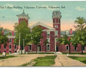 Old College Building Valparaiso University Valparaiso Indiana 1915 postcard