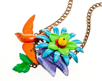 Chunky Statement Necklace, Colorful Bold Unique Necklace for her, handmade Flowers Garden Necklace bird