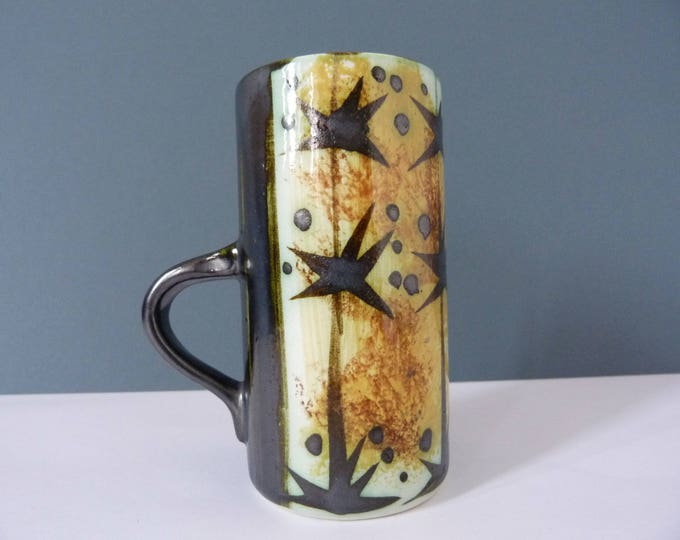 celtin pottery mug