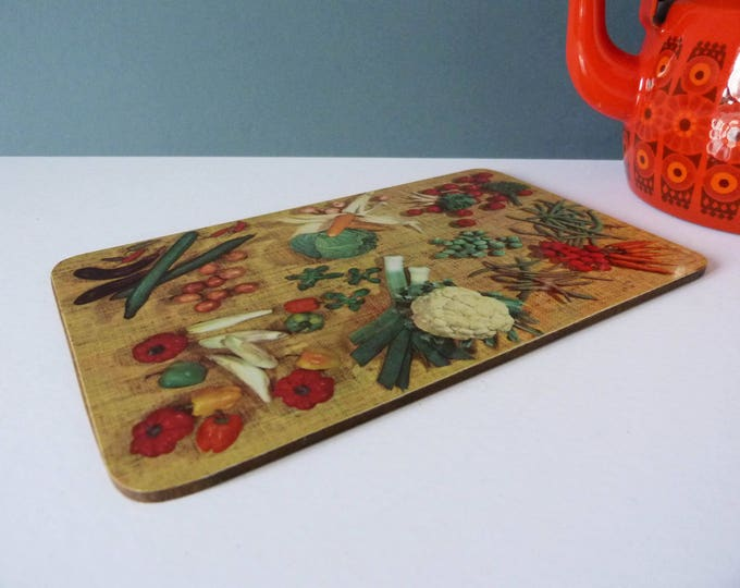 Vintage 1950's mini chopping board